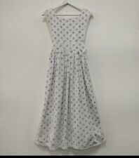 Laura Ashley Made in Wales pretty vintage 1960s floral pinafore dress