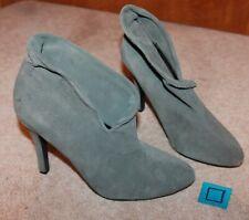 """FD4 Ladies' Sz 10 High Heeled BOOTIES (gray suede leather; 4.5"""" heel) EUC"""