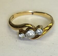 Vintage Solid 18ct Gold Diamond Trilogy Twist Ring Size N