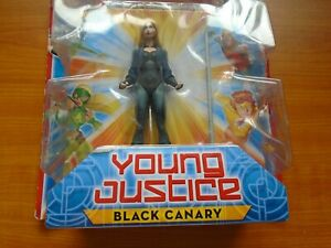DC Universe YOUNG JUSTICE BLACK CANARY FIGURE+ Hall of Justice Piece NEW