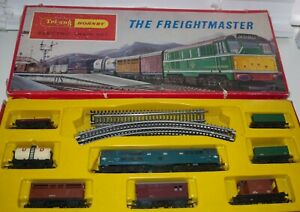 TRIANG 00 GAUGE  THE FREIGHTMASTER' SET  WITH ORIGINAL BOX No 2