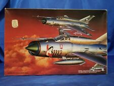 "Fujimi #35110 MiG-21 MF ""Pin-Up MiG"" Russian Jet Fighter Kit 1/72 Open Complete"