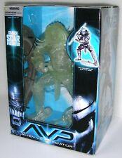 "AVP Alien VS Predator ""SCAR"" Predator 12 inch action figure McFarlane 2006 NEW"