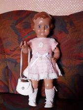 Schildkröt Puppe Doll  URSEL  41cm  rosa/weißes Häkelkleid  und Täschchen