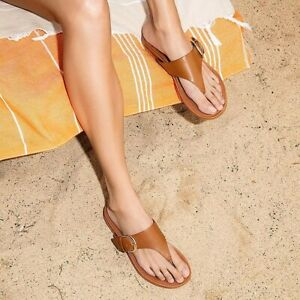FITFLOP Gracie Buckle Leather Toe-Post Sandals Light Tan Size 10