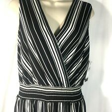 AGB Jumpsuit Ladies Large Black White Stripe Maxi Crepe V Neck Sleeveless