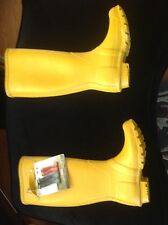 Hunter boots size 4 girls
