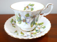 Royal Albert WHITE TRILLIUM Bone China Teacup Set England