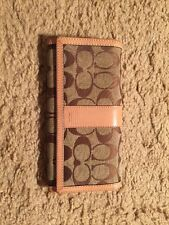 COACH CHECKBOOK WALLET...BARELY USED❤️