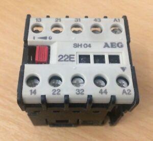 AEG SH04-22E E-Nr:910-302-183-80 - 16A Triple Pole Mini Contactor 415VAC Coil