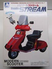 Aoshima 1/12 Scale Honda Stream Special Modern Scooter Model Kit - New