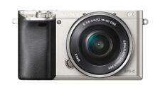 Sony Alpha 6000 24.3MP Spiegellose Systemkamera - Silber (Kit w/ 16-50mm Zoomobjektiv)