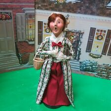 Byers Choice Colonial Williamsburg Lady with Basket 2000