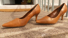 "Ladies Tan/Nude 'VivaLaDiva"" Leather Court Shoes Size 6 (39)"