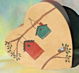 "Hand Painted Birdhouses Bird Nest Heart Shape Wood Shave Box, 7"" x 7"""