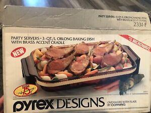 Pyrex Designs 1989 Rectangle Baking Dish 3 Qt & Brass Carrier Cradle 2331-F