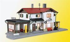 Kibri H0 39496 - Bahnhof Maienfeld inkl. Hausbeleuchtungs- Start Bausatz Neuware
