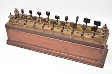 Device Scientifique. Electricity Dynamique. Box Resistors