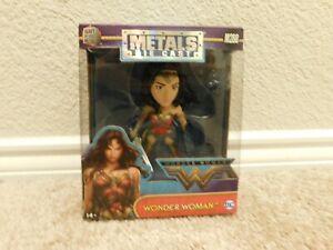 New DC Wonder Woman M288 Wonder Woman metals die cast figure