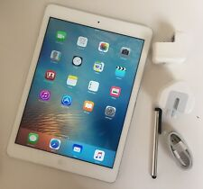 EXCELLENT Apple iPad Air 64GB, Wi-Fi, 9.7in - Silver+ EXTRAS