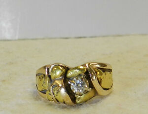 #J29 14k Gold Nugget Style Ring With Diamond Size 5 1/2 Total Weight 5.8 Grams