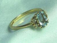 14K Yellow Gold Ring w Topaz and Diamond 2.6 grams size 6 1/2