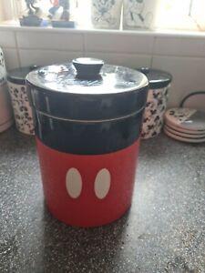 Disney Park Exclusive Mickey Mouse signature  Biscuit Jar