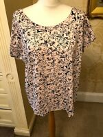 New M&S ladies top plus size 18 pink floral sketch 100% cotton Size 18