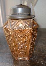 Beau pot à tabac grès du Beauvaisis XIXe décor renaissance mascarons lions