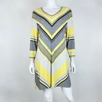 Chicos Zenergy Size 2 Blouse Top V Neck 3/4 Sleeve Gray Yellow Stretch Tunic