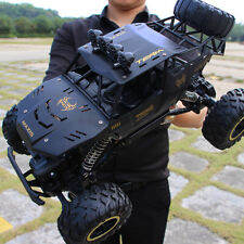Large 2.4G remote control four-wheel drive climbing car black + spare battery