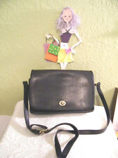 Vintage COACH BLACK LEATHER CROSS BODY TURN LOCK FRONT #9812