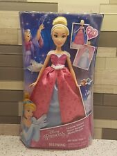 Disney Princess Fashion Reveal Cinderella's 2in1 dolls