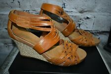 Clarks Indigo Sz 10M Butterscotch Brown Woven Leather Wedge Heel Sandals Shoes
