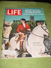 LIFE MAGAZINE MAY 6 1966 JACKIE KENNEDY IN SPAIN