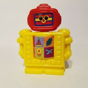 Playskool Wendys Kids Meal 2001 Hasbro Plastic Robot Toy