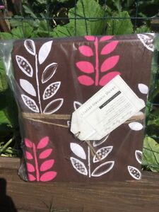 New Pottery Barn Teen Leaflet Organic Duvet Size Twin/ Twin XL Dorm Coffee