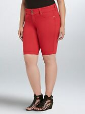 NWT Torrid Plus Size 24W Jegging Bermuda Shorts Red Wash (ZZZ2)