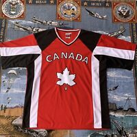 Men's Medium Red Canada Due North Short Sleeve Jersey Canada