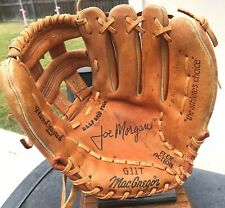 HALL OF FAME JOE MORGAN VINTAGE  BASEBALL GLOVE  CINCINNATI REDS