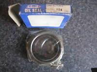 NA506 New Crankshaft Clutch Oil Seal Austin Mini Seven Morris Riley Wolseley