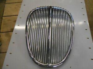 DAIMLER V8 250 RADIATOR GRILLE
