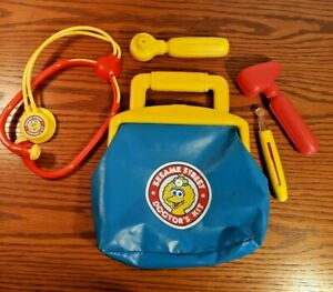 Sesame Street Doctor's Kit Medicine Bag & Medical Tools Big Bird Tyco 1993     A
