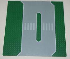 LEGO SERVICE STATION BASEPLATE 32 X 32 DOT 10 X 10 INCH PLATFORM PLATE PART