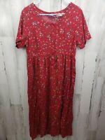 Womens Vintage Erika & Co Size Medium Floral Rayon Red Short Sleeve Dress