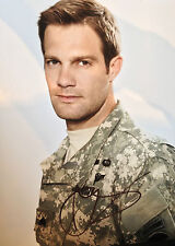 GEOFF STULTS - WEDDING CRASHERS ACTOR - EXCELLENT SIGNED COLOUR PHOTOGRAPH