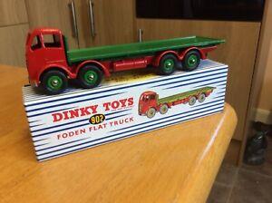 DINKY/CORGI 902 FODEN FLAT TRUCK.