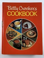 Betty Crocker's Cookbook Pie Front 1969 Vintage Recipes Hardcover