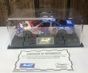 M&M'S 2000 RED WHITE AND BLUE  THEMED 1:24 #36 KEN SCHRADER LIMITED With Case
