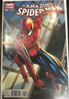 The Amazing Spiderman Marvel NOW! Variant Edition #001 Scott Campbell Cover